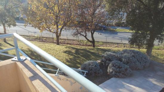 Nemea Appart'Hotel Residence Green Side: Lawn