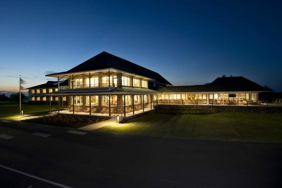 Queen Wilhelmina Lodge: Renovated lodge at twilight