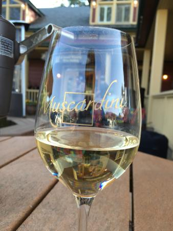 Muscardini Cellars: A taste of wine and a taste of country