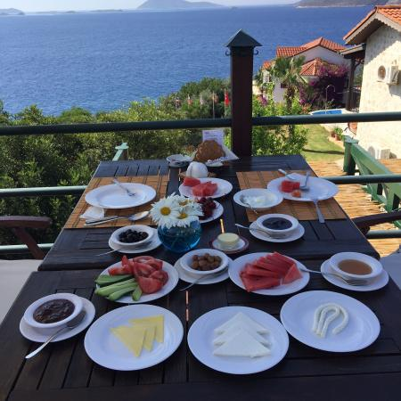 Diva Residence Hotel: Fabulous breakfast with home made jams