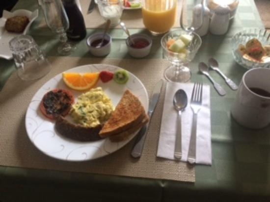 Alanna's Lakeside B&B: Breakfast!!!