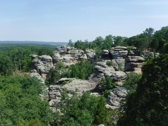 observation trail - Picture of Garden of the Gods, Harrisburg ...