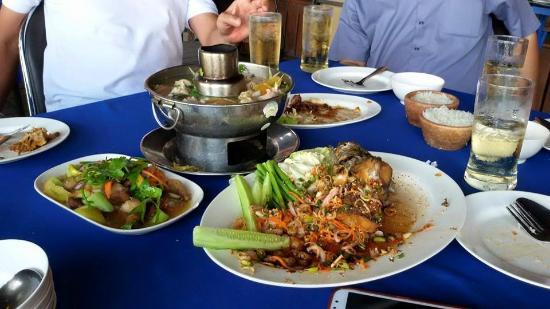 Bankhiangnam Restaurant