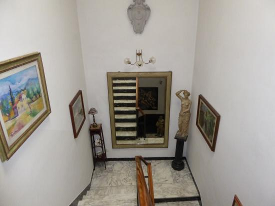 Hotel Il Bargellino: stairway to our room