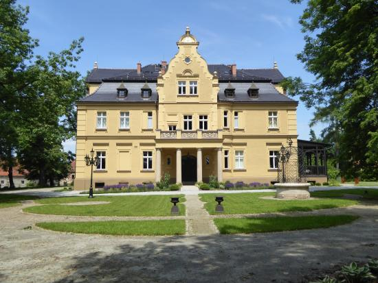 Gruszów Palace