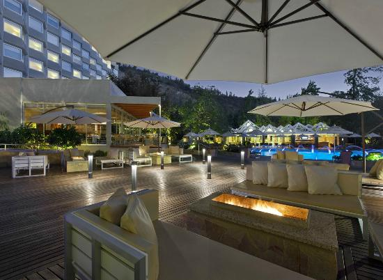 Sheraton Santiago Hotel and Convention Center: Outdoor Pool Deck