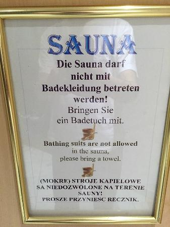 Bon Alpina : Nude sauna only. No bathing suits allowed