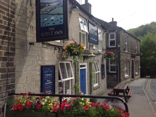 Whaley Bridge, UK: The Goyt, friendly atmosphere, good selection of beer, dog friendly