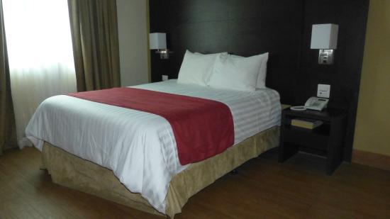 Hotel Principe & Suites: hab