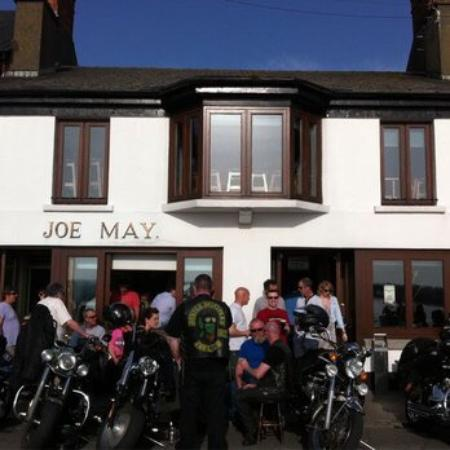 Skerries, Ireland: Typical sunny Day at Joe Mays
