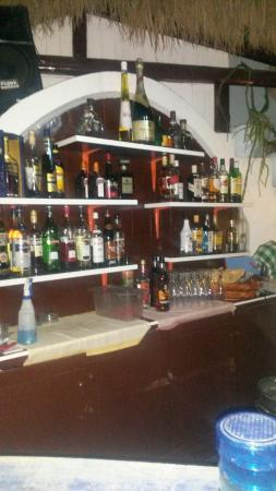 Meltemi Bar: One of the best bars in Perissa