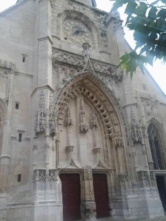 Église Saint-Léonard