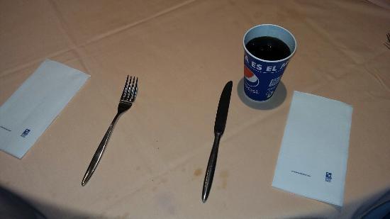 Diverhotel Marbella: Churretes mas vaso cartón