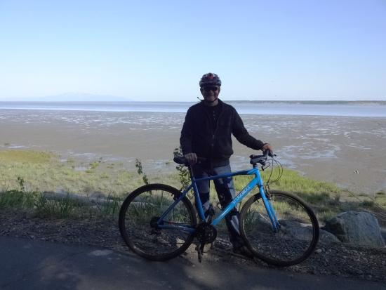 Pablo Bicycle Rentals: Tony Knowles Coastal Trail