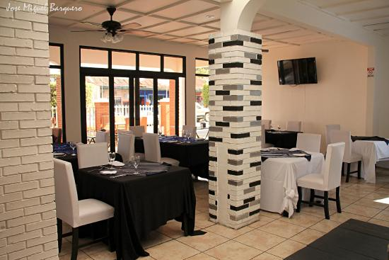 Hotel Wagelia Turrialba: RESTAURANTE FORMAL