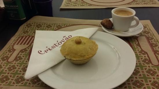 Cristovao Cafe E Bistro