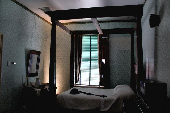Natchez, MS: Bedroom in William Johnson house