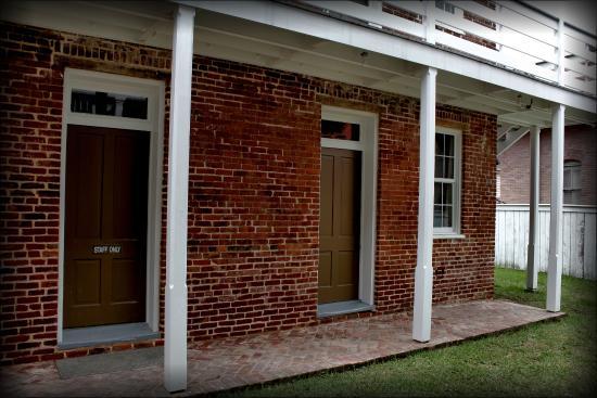 Natchez, MS: William Johnson house outbuilding