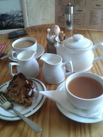 Darnley Coffee House: our order