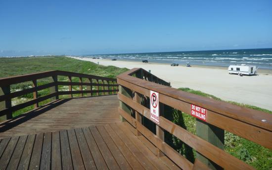 Gulf Waters Beach Front RV Resort: The Beach