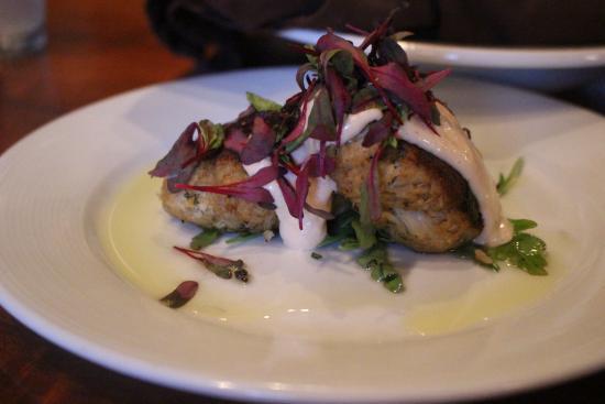 Tubac, AZ: OMG! The Crab Cakes were utterly amazing!
