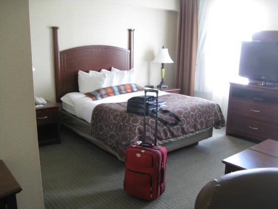 Staybridge Suites London: Room