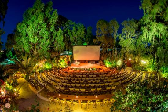 Photo of Tourist Attraction Open Air Cinema Kamari at Κεντρικός Δρόμος, Kamari 847 00, Greece