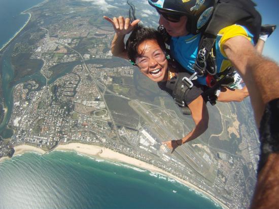 Coolangatta / Kirra Beach YHA: Skydive over the Gold Coast!