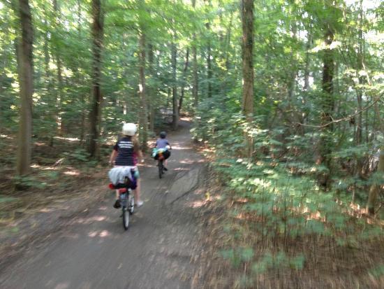 Akirkeby, Danemark : Great bike trails all over