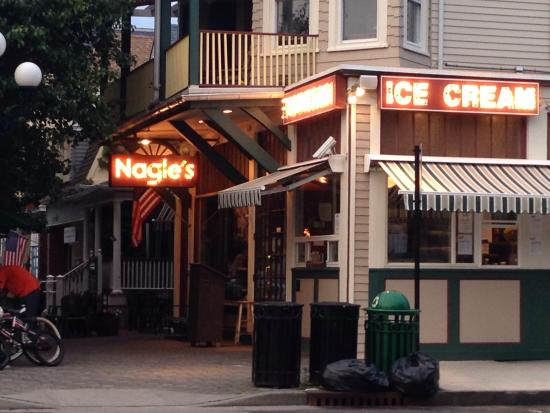 Nagle's Apothecary Cafe : Nagles