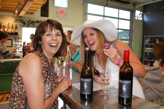 West Kelowna, Canadá: Cheer to the bridge to be at Beaumont Winery!