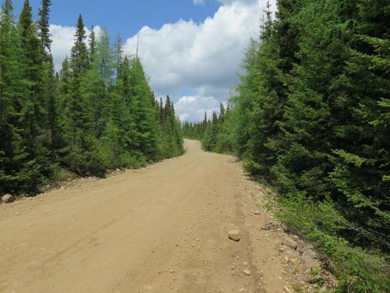 Saint Urbain, Canada : Route en gravelle numéro 60