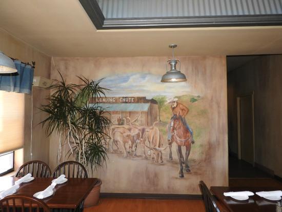 Creston, Kalifornia: Internal Decoration