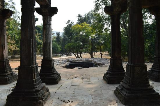 Gujarat, India: Polo Forest - Jain Temple