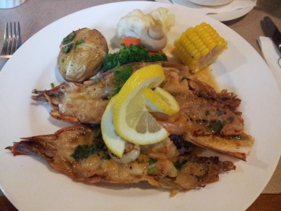 The Grill at Tiara Labuan: Prawn & scallop