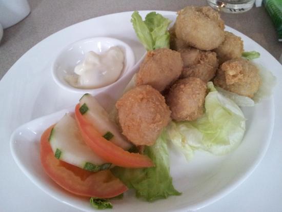 The Grill at Tiara Labuan: Fried button mushroom