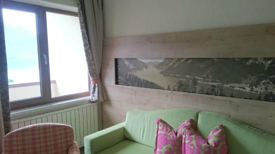 Hotel Post am See: Zimmer 202, Sofaecke