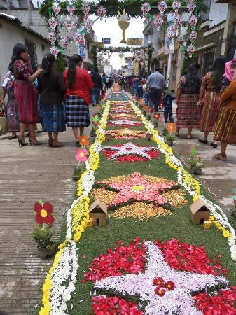 Patzun, Guatemala: Alfombra de Corpus Cristi