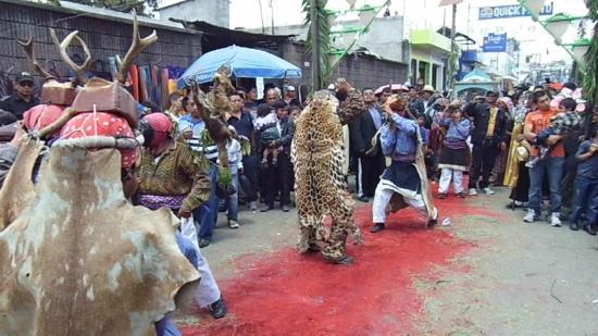 Patzun, Gwatemala: Baile maya tradicional