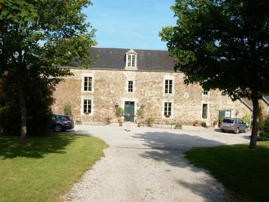 Saint-Louet-sur-Seulles, Francia: entrance to farm house