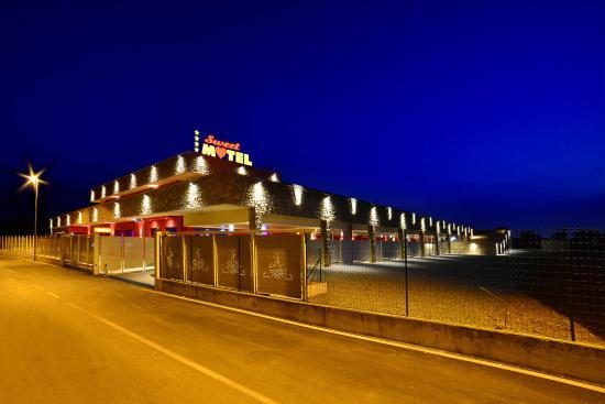 Sweet Motel