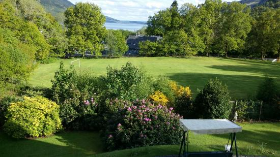 Glebe Country House Tarbet: Our  nicest Bed  and  Breakfast  with  lovely  Bernadette!