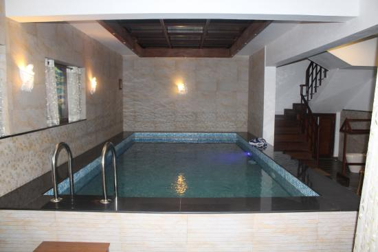 Vythiri Resort The Private Swimming Pool In Honeymoon Villa