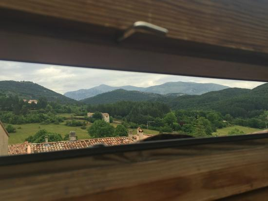 Le Perroquet Vert : Fantastic views to be had from the room at the top!!!