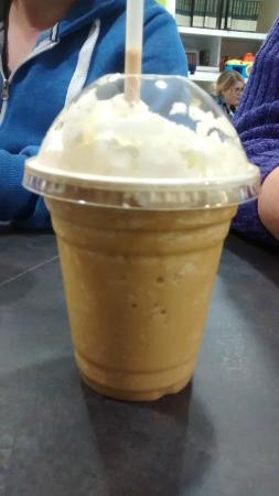 The Coffee Cup: Salted caramel frappe *YUM*
