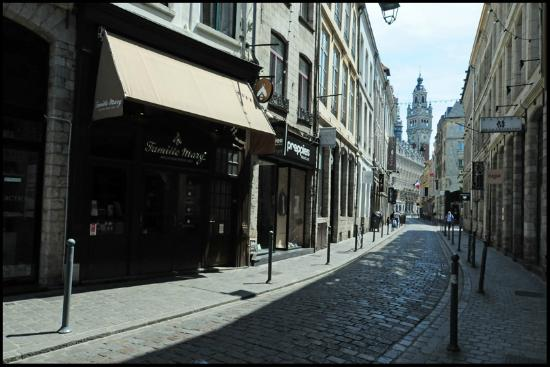 Rue lepelletier vieux lille picture of vieux lille for 82 rue brule maison lille