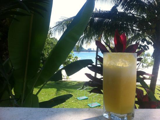 Chandara Resort & Spa: Вид на пляж с виллы берега