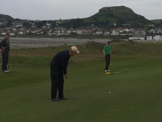 Conwy Golf Club: Putting by the sea, Conwy mountains in the background....