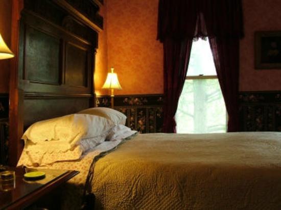 Harrison House Bed & Breakfast: Room #4