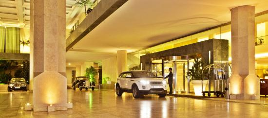 Hotel Cascais Miragem: Hotel entrance